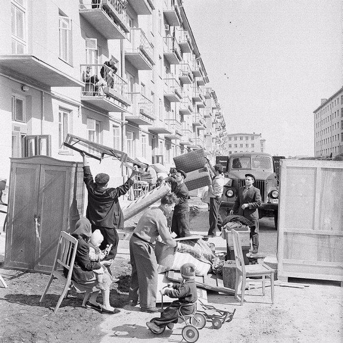 Счастливые новоселы, 1962 год, СССР